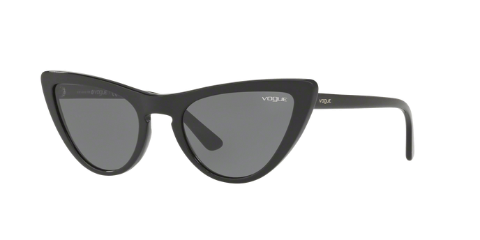 Vogue VO5211S W44/87 occhiale da sole donna, forma montatura cat eye colore nero e lenti grigie.